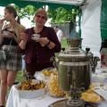 Istorinis virdulys ir arbatos mėgėjos Dangira Nefienė su dukra Egle.