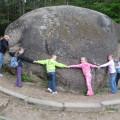 ...prie milžino akmens Puntuko.